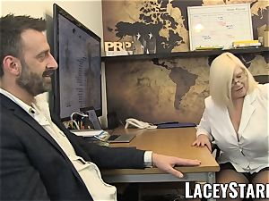 LACEYSTARR - GILF munches Pascal white cum after hump
