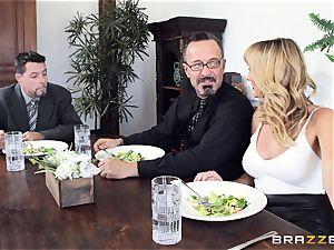 Brett Rossi takes a hefty fuckpole in her tasty vulva