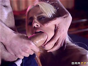 Monster bone glides into appetizing snatch crevice of Jessie Volt