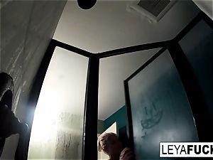 super-steamy humungous orb blondie takes a bathroom