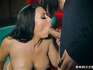 3some with Rachel Starr and Anissa Kate