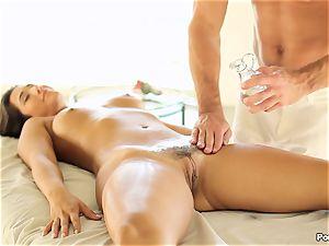 Eva Lovia likes an after rubdown pounding