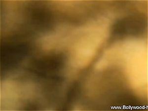 Exotic Arabian cougar Dancer