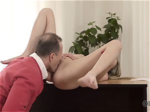 OLD4K. Good-looking nubile wasn t against hump with super-sexy elderly daddy