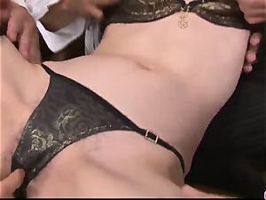 Maki Hojo gangbang hook-up in raunchy office sequences
