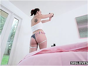 tiny sista Jade Nile wants her brother to cum on her frosted boobs
